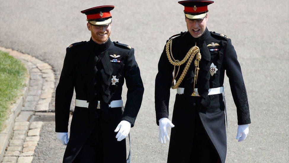 4. Harry ha elegido a su hermano el príncipe Guillermo para que sea el padrino de su boda.