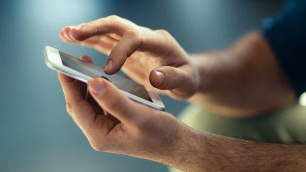 Conoce 6 pasos para evitar que las fotos de tu teléfono terminen en internet