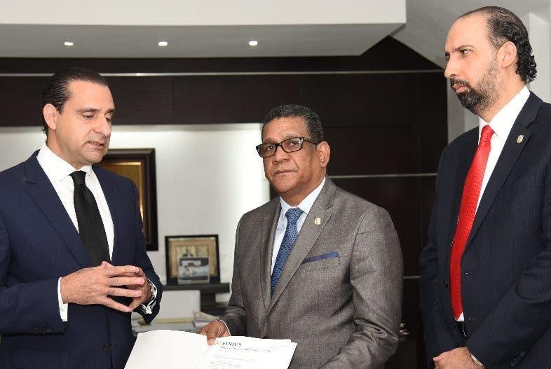 Servio Tulio Castaños, Rubén Maldonado y Henry Merán.