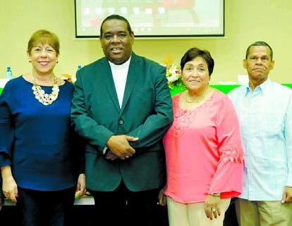 Marisol Romano,  Jesús Castro, Carmen Mildred López y  Oscar Villeta.