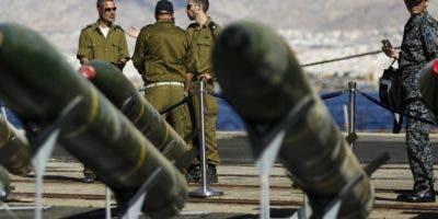 Irán recibe fuertes críticas  por su programa armamentista.