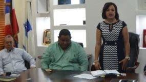 Reunión de l Inapa con autoridades de Azua.