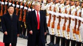 Donald Trump se muestra duro con empresas de Europa, pero aboga por facilidades para un gigante de la economía China.  AP
