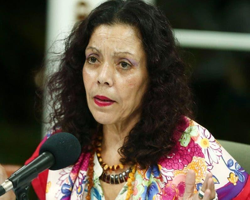 La vicepresidenta Rosario Murillo insiste en  mejor clima.  AP