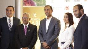Yoryi Bisonó, Ricardo García, Domingo Contreras, Mónica Vargas y Carlos Bueno, en el anuncio de los premios.