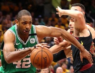 Al Horford en acción con los Celtics de Boston.