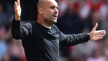 Pep Guardiola se queda como técnico de Mánchester.