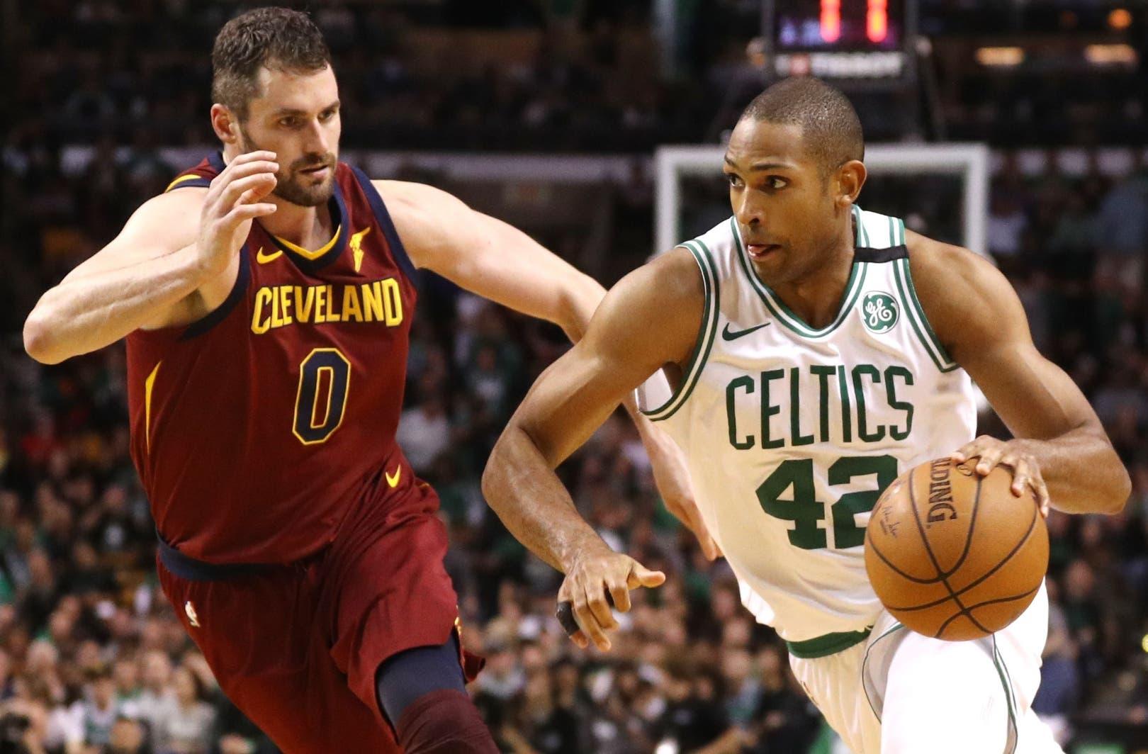 Al Horford, principal figura de los Celtics de Boston, tuvo  destacada actuación en el primer juego contra Cleveland.  AP Foto de archivo.