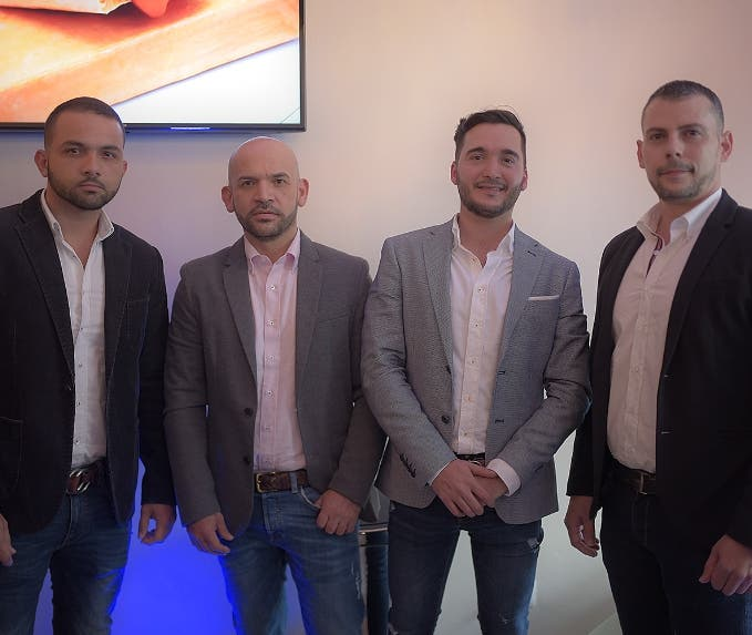 Jesualdo Cammara, Eumir Guaregua, Roberto Rosas y Aldo Cammara.