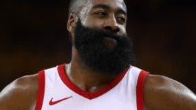 James Harden, el astro de los eliminados Rockets.aP