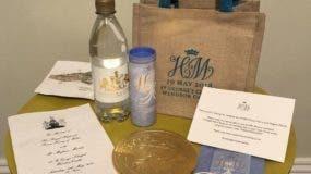 Bolsa de regalos para los invitados a la boda de Harry y Meghan/eBay