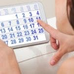 El estrés puede afectar que los ciclos de la menstruación sean más largos o más cortos.