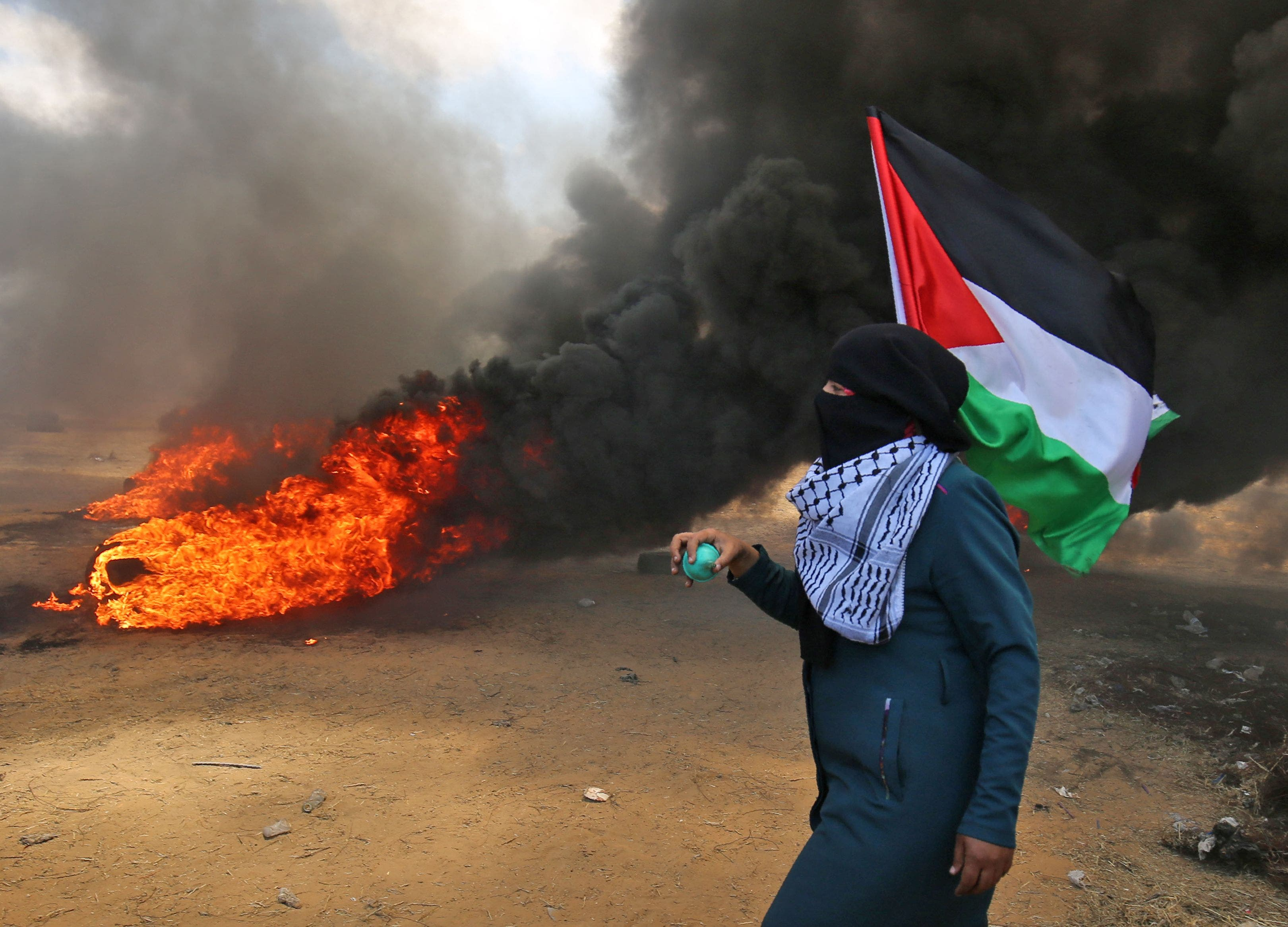 7. La protesta, en medio de una huelga general en Gaza, era contra el traslado de la embajada de EEUU a Jerusalén.