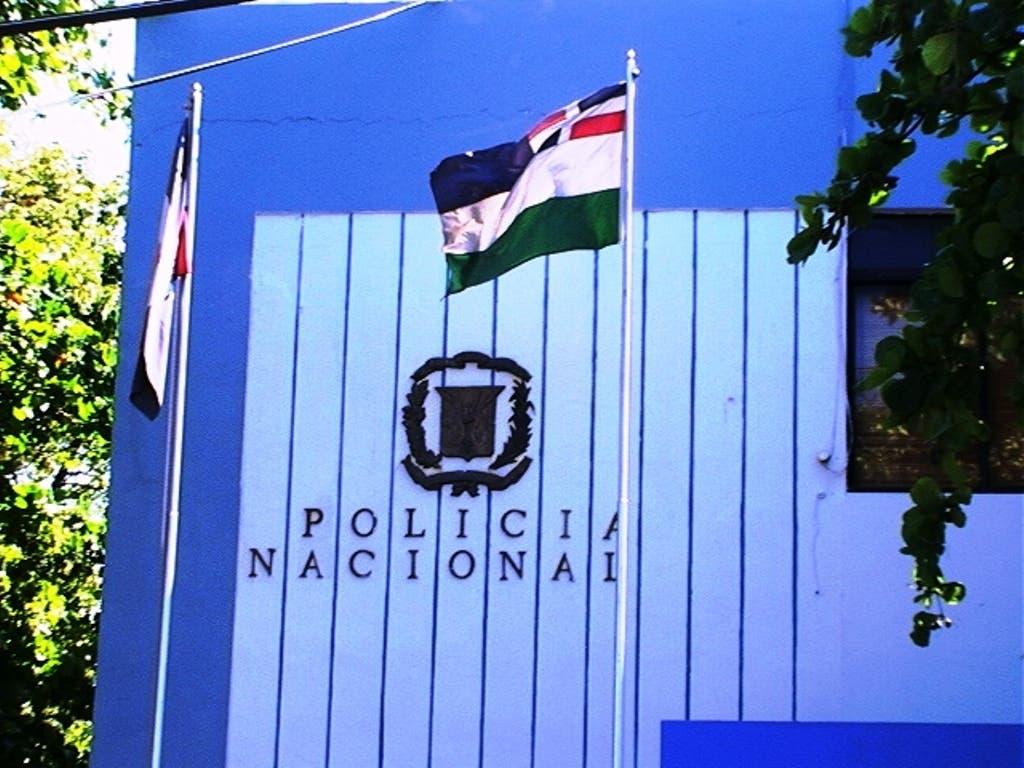 Detienen tres personas en Puerto Plata, incluyendo estadounidense tras ocuparle porciones de drogas