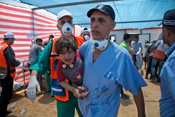 17. Entre los afectados hay decenas de niños.