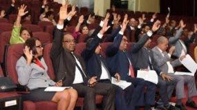Los diputados aprobaron varias iniciativas.