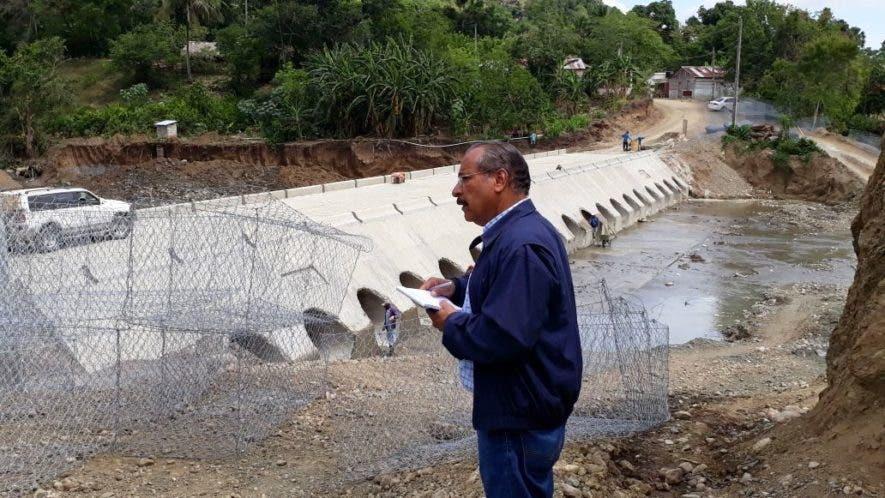 gobernador-de-puerto-plata-supervisa-obras-que-ejecuta-gobierno-en-varios-puntos-de-la-provincia