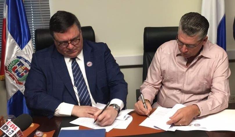 Firman acuerdo para exportar productos dominicanos a Rusia