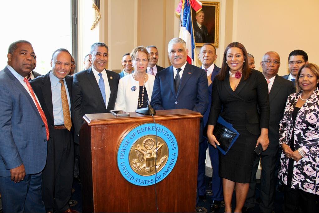 Congreso de EE.UU. homenajea al político dominicano José Francisco Peña Gómez