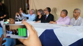 Representantes de organizaciones progresistas y de izquierda de República Dominicana que hoy expresaron su respaldo a los chavistas en Venezuela.