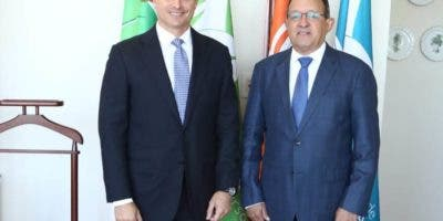 El procurador general de la República, Jean Rodríguez,  se reunió  con el ministro de Medio Ambiente, Ángel Francisco Estévez Bourdierd.
