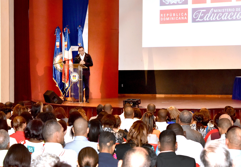 Andrés Navarro busca vincular politécnicos a demanda del mercado laboral
