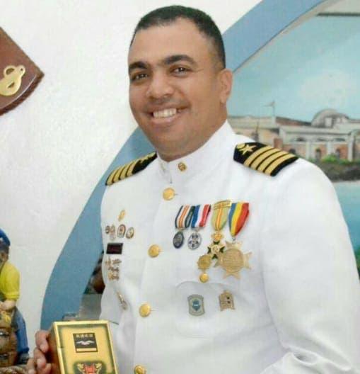 Coronel Augusto Lizardo, vocero de la Armada.