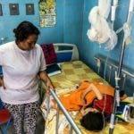 """El hospital a veces no tiene agua. Si se infectan los pacientes, no hay antibióticos y se complican"""", explicó."""