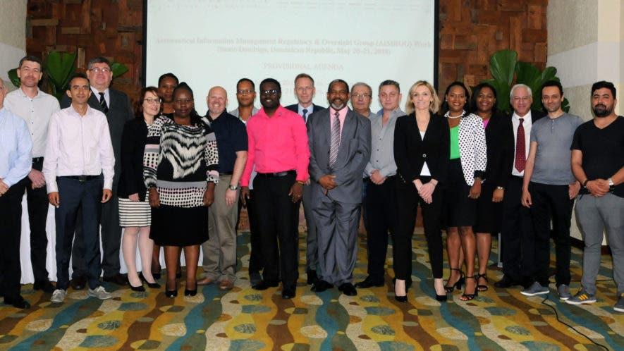 Delegados internacionales del Grupo de Reguladores y Supervisión de los Servicios de Información Aeronáutica.