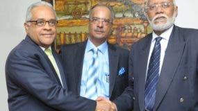 Rafael Sánchez Cárdenas, César Mella y Wilson Roa luego de la reunión. Fuente externa.