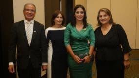 Daniel Saban,  Rivka Saban, Marjorie Espinosa y  Sylvia Alfasi.