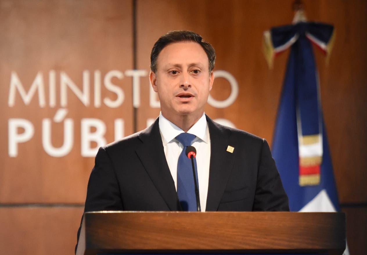Procurador Jean Alain Rodríguez.