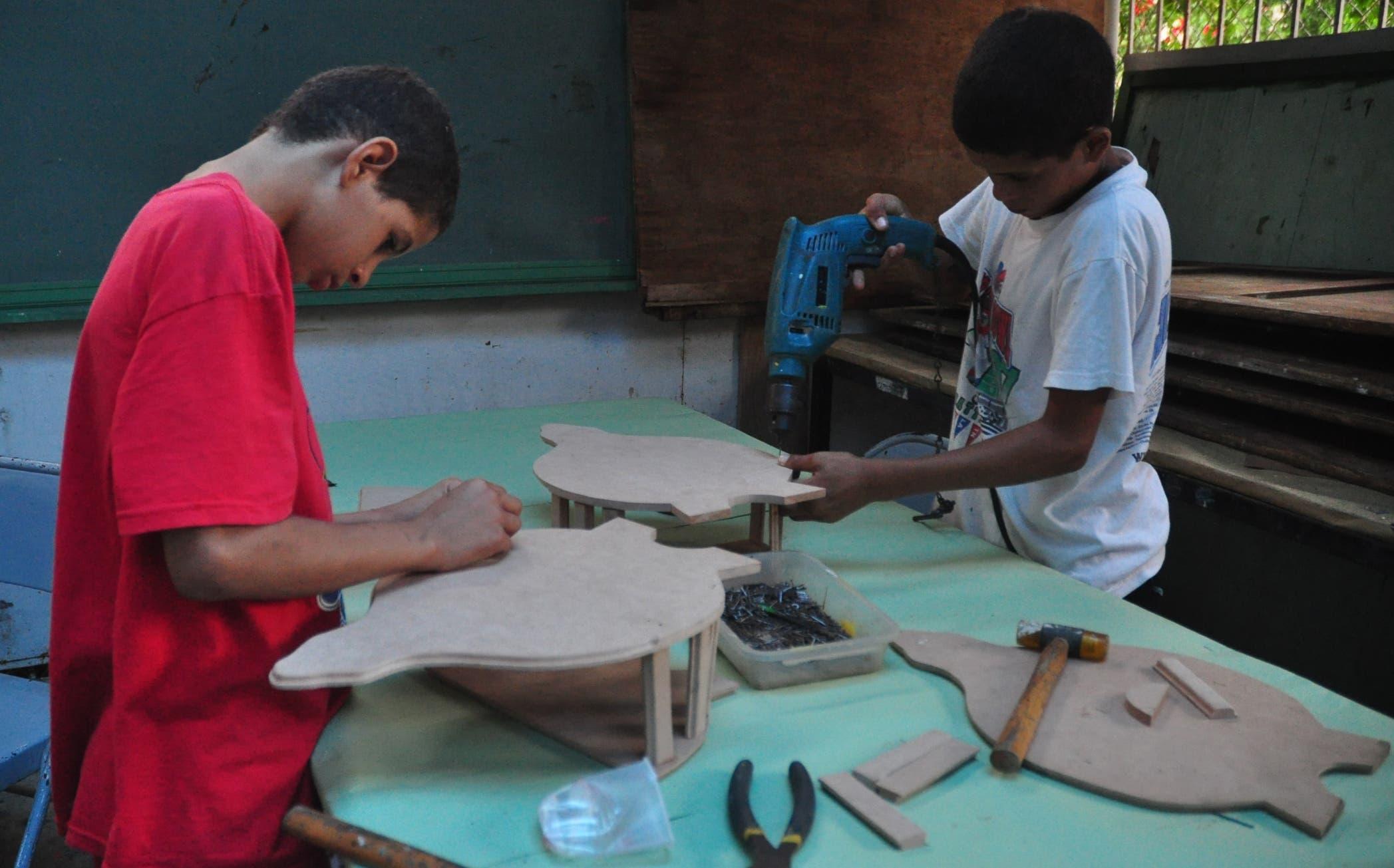 Muchachos y Muchachas con Don Bosco surgió en 1985 y desde entonces  ha contribuido a insertar a los menores en  tareas sanas y productoras.  ARCHIVO