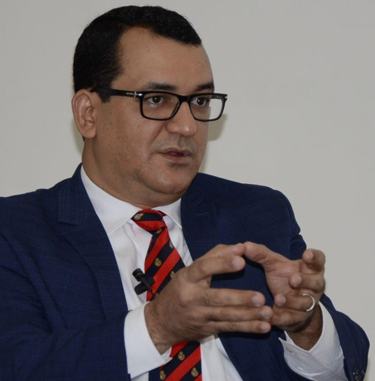Román Jáquez dijo que en el país se debe valorar más la justicia electoral.  JOSÉ DE LEÓN