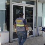 Desconocidos asaltaron este jueves una sucursal del Banco Popular ubicada en el  centro comercial Híper Uno del ensanche Isabelita, en Santo Domingo Este.
