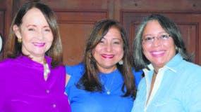 Ada Sang de González, María Palacios y Rosa María Cuesta.