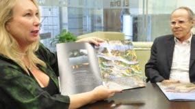 Eva de Lengaigne du Choque y el arquitecto Jacque Brown ofrecen detalles de iniciativa.