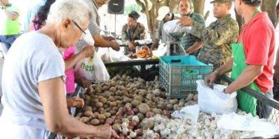 Agricultura ha realizado 64 mercados  populares móviles.