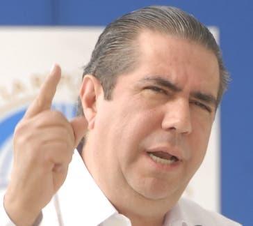 Francisco Javier ve críticas a la JCE «como adelanto de la derrota de opositores»