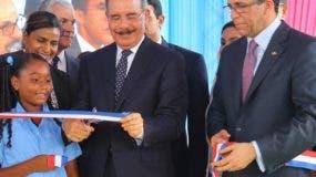 La escuela inaugurada por Danilo  Medina  será integrada a la tanda extendida. fuente externa