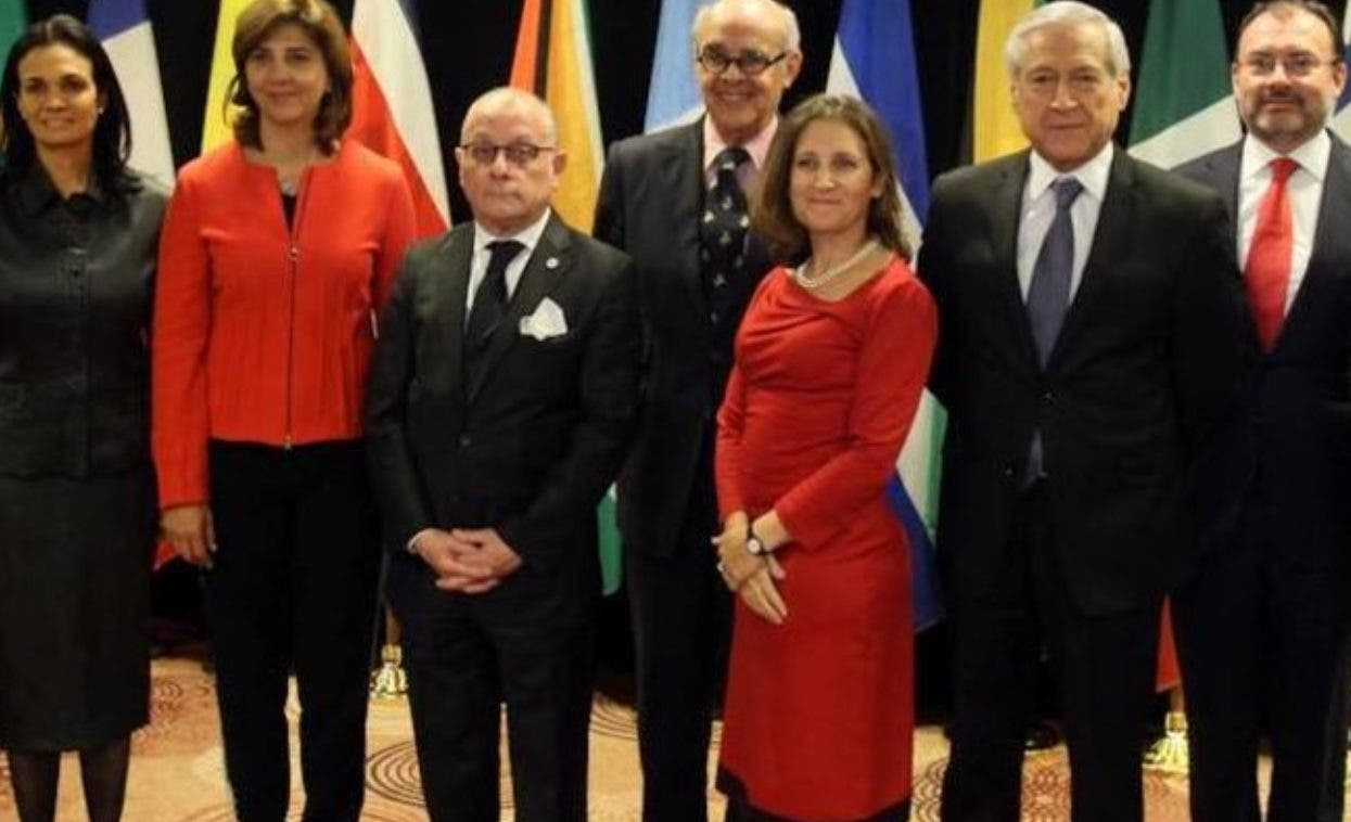 La resolución fue impulsada por Estados Unidos y los 14 países del Grupo de Lima.  AP