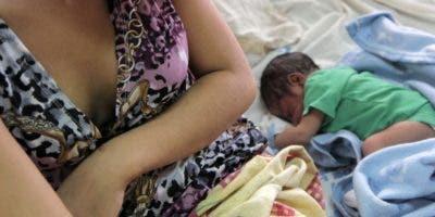 Cada día se incrementan los partos en hospitales.  archivo