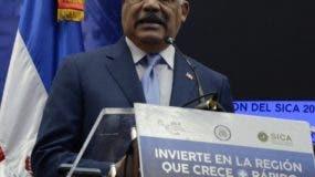 Miguel Vargas Maldonado dijo que deben consolidar la integración económica y comercial del organismo.  JOSÉ DE LEÓN