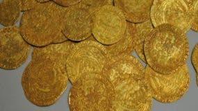 Los operarios encontraron 600 monedas de oro belga.