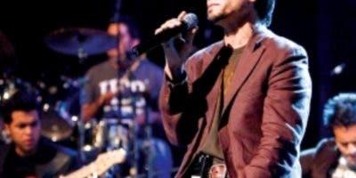 Jesús adrián Romero no canta en el país desde 2013.