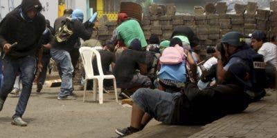 Las calles de Masaya se convirtieron  en un campo de batalla. AP