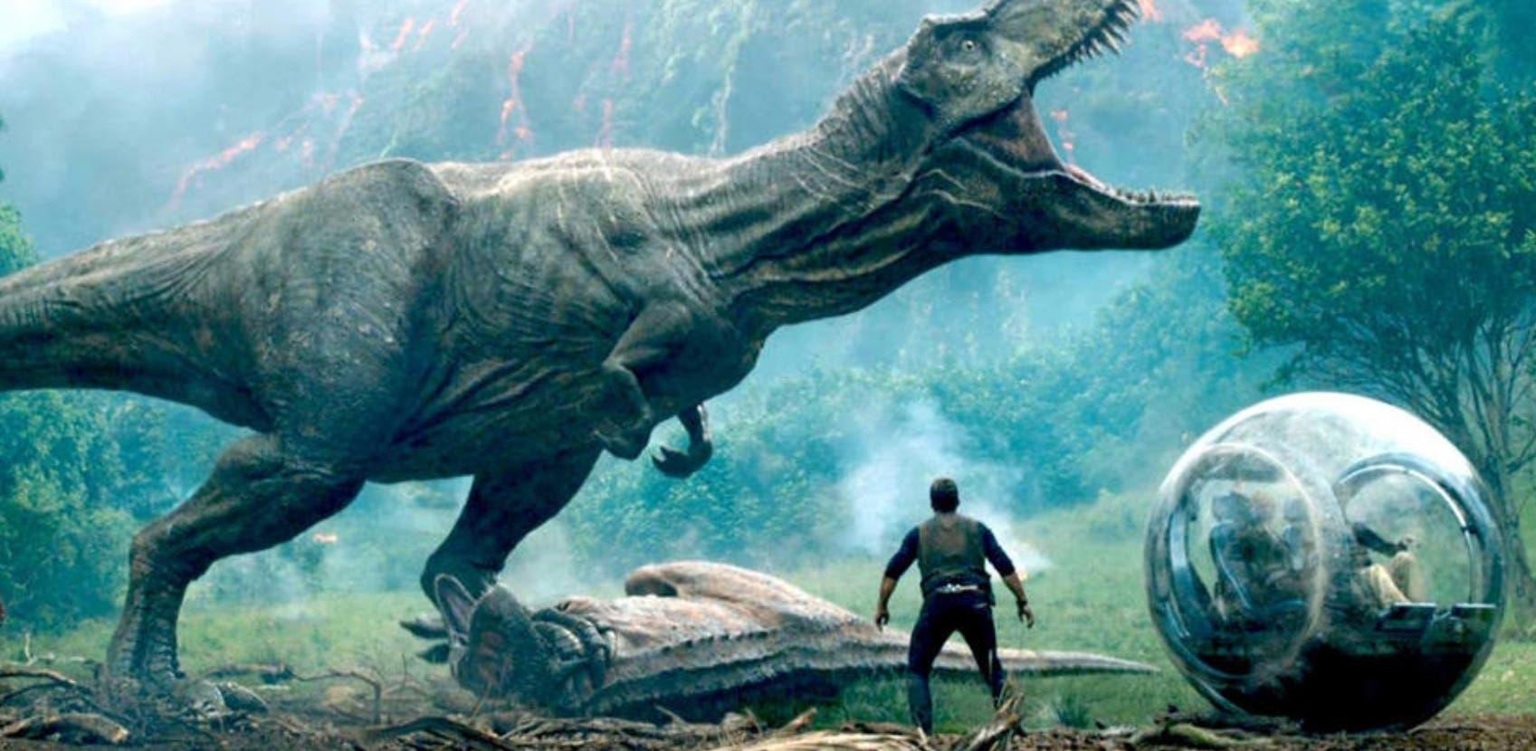 """La cinta  """"Jurassic Park"""" está colocada en varias salas."""