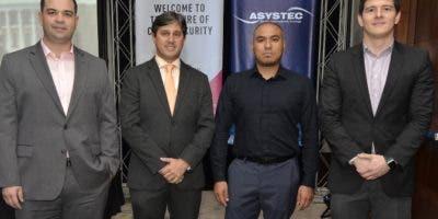 Manuel Mass, Raymond Marcelino, Javier Padilla y Augusto Morales.