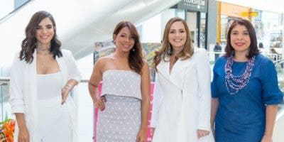 Glency Féliz, Karina Fabián, Elisa Pimentel y  Keren Cisneros.