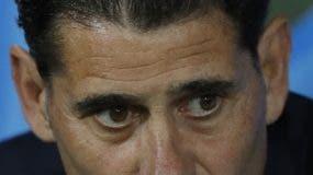 Fernando Hierro  con gran reto en la Copa  Mundial. AP